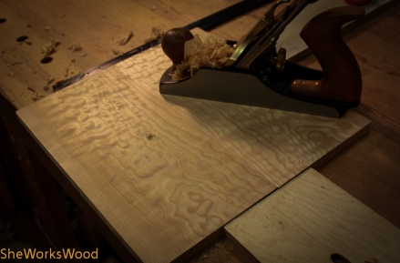 The high angle smoother makes for a purdy curly maple surface.